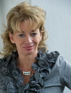Nora Oelkers